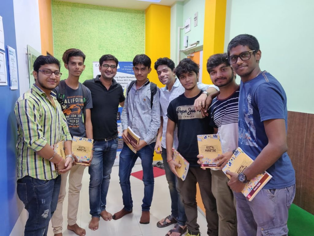 get advanced diploma in digital marketing from Seven Boats Academy