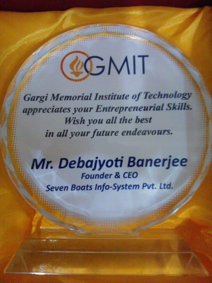 seven-boats-has-been-felicitated-at-GMIT-kolkata